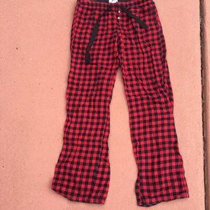red and black plaid checked pajama pants